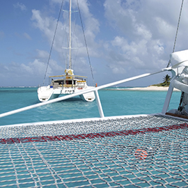 Catamaran Altela filet de protection et sécurité